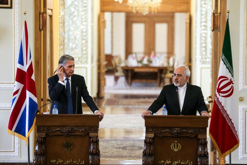 دکترظریف:روابط با اروپا و انگلستان گسترش خواهد یافت