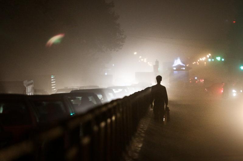هوای غبارآلود تهران پس از طوفان