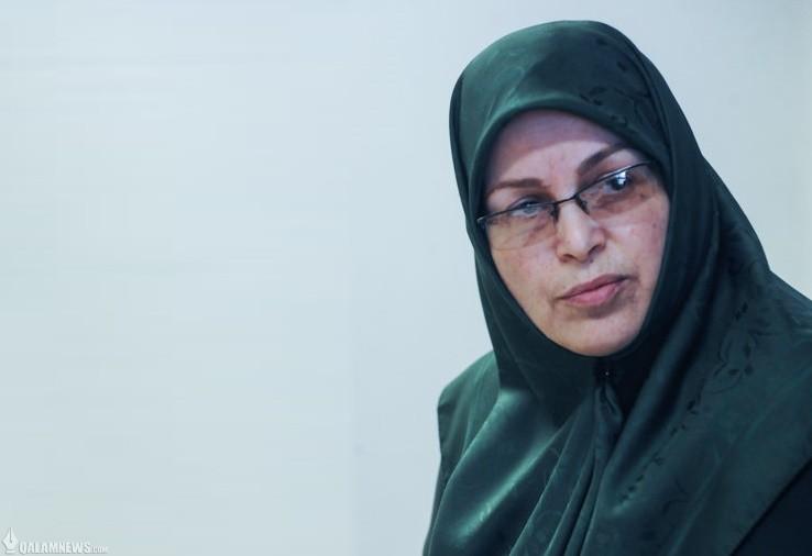 آذر منصوری:  جنبش دانشجویی باید تولید فکر و اندیشه کند/ دانشجو نباید بترسد
