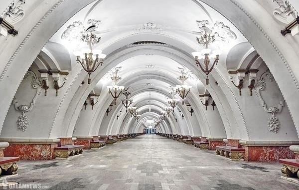 زیباترین مترو جهان کاخ است!