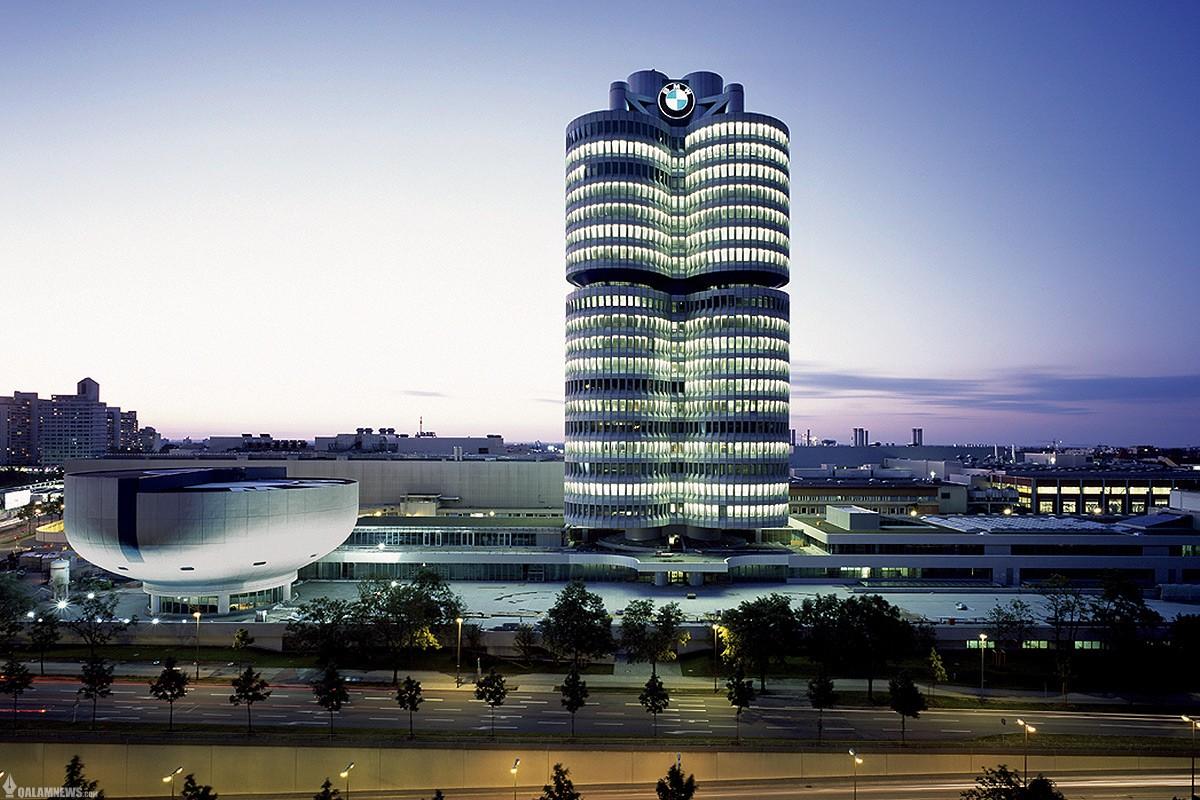 کمپانی شگفت انگیز BMW و پارکینگ خارق العاده volkswagen