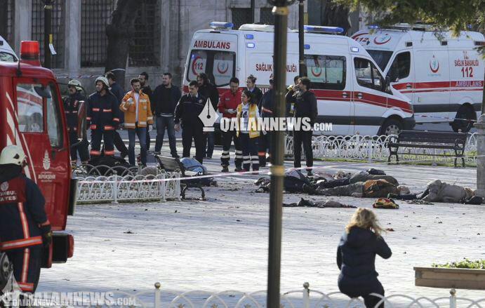 انفجار انتحاری در استانبول با بیش از ۲۵ کشته و زخمی +تصاویر