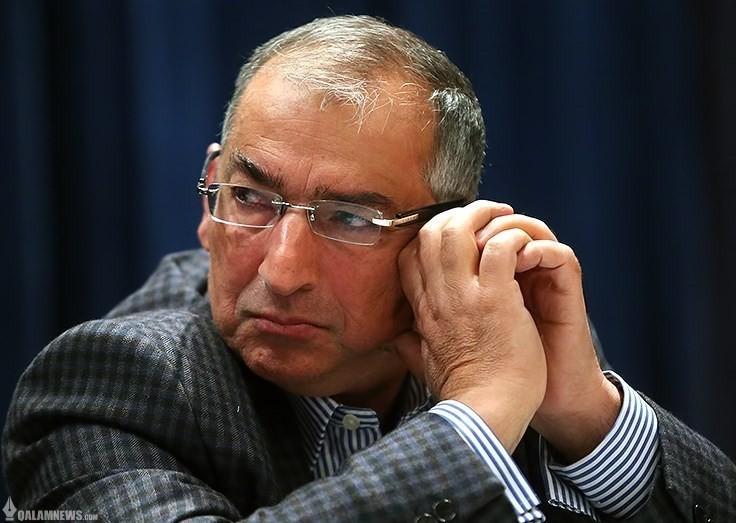 زیباکلام: پروژه اصلاحات از کمیسیونهای تاثیرگذار مجلس قابل پیگیری است