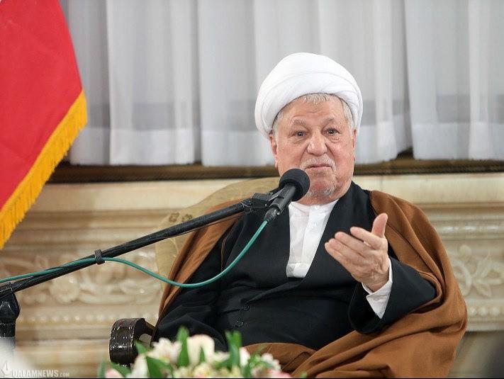 آیت الله هاشمی رفسنجانی: نباید ایثارگران واقعی را به خاطر اختلافات دیدگاه خانهنشین کرد