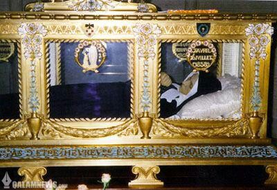 برنادت سوبیرو بانوی مسیحی که بعد از ۱۳۴ سال هنوز بدنش سالم است