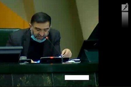 امیرآبادی: مقصر اصلی بازار بورس دولت است نه مجلس