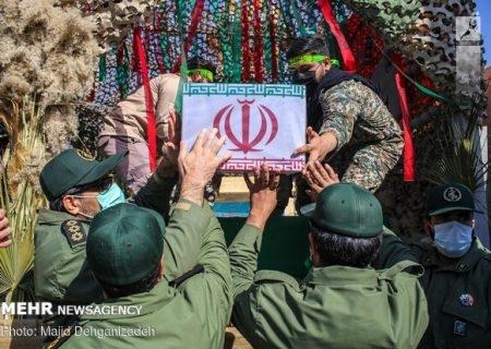 وداع مردم ولایی جنوب تهران با شهید «ناصر صدقی»