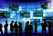 چه بر سر سرمایهگذاران خرد میآید