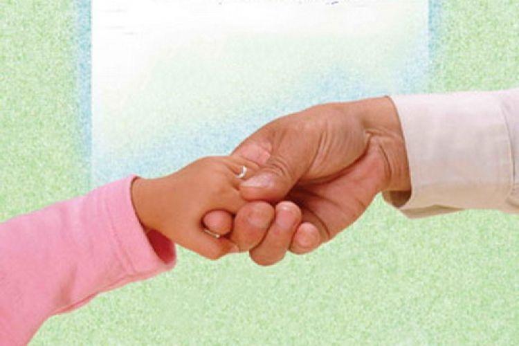 اولویت بهزیستی در سپردن کودکان فاقد سرپرست صلاحیتدار به بستگان درجه یک است