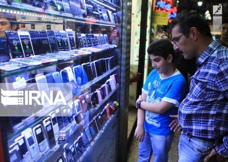 آیا مصوبه مجلس به گرانی تلفن همراه منجر میشود؟