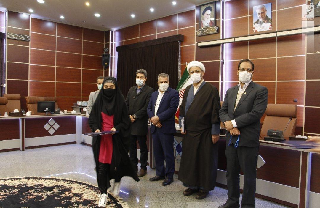 آیین تجلیل از نفرات برتر مسابقات قرآنی خانه های نورانی