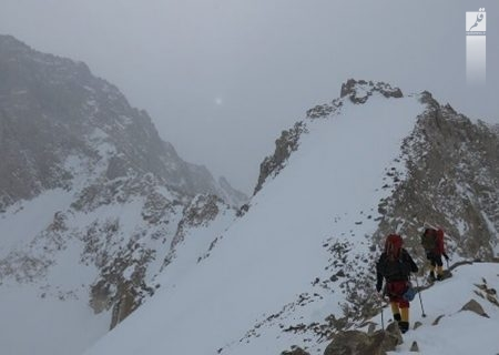 کوهنورد زخمی تهرانی از ارتفاعات دماوند نجات داده شد