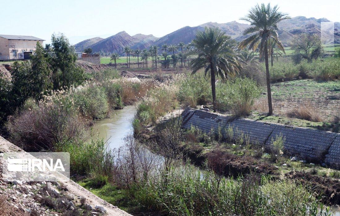 هلال احمر جیرفت جسد فرد ۴۲ ساله را از رودخانه هلیل خارج کرد