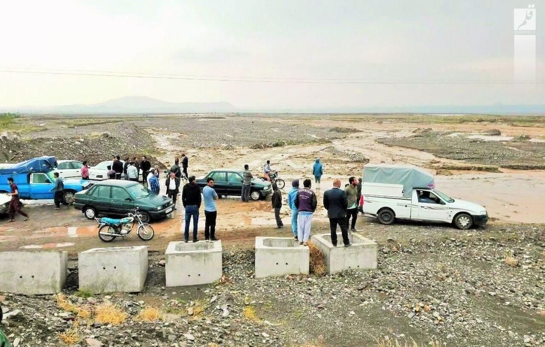 ۶۱ نفر گرفتار در سیل توسط هلال احمر استان سمنان امدادرسانی شدند