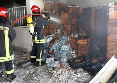 مهار آتشسوزی آپارتمانی در پنجتن مشهد