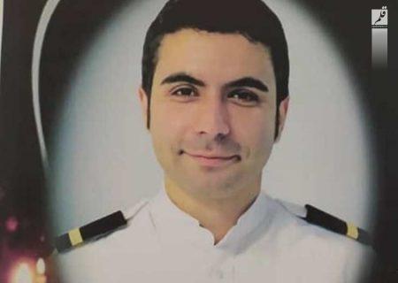 پیکر خلبان محمدزاده از جان باختگان سقوط هواپیما در بجنورد تشیع شد