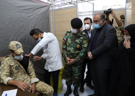 افتتاح چهارمین مرکز شبانه روزی واکسیناسیون کرونا در شیراز