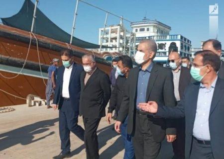 دستور تخلیه و ترخیص کالاهای لنج داران بنادر آبادان، اروندکنار و چوئبده صادر شد