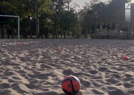 اولین زمین فوتبال ساحلی در اراک احداث شد
