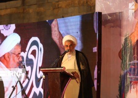 تحقق تمدن نوین اسلامی در گرو پاسداری از راه شهداست