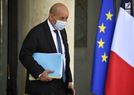 وزیر خارجه فرانسه آمریکا، انگلیس و استرالیا را به دروغگویی و دورویی متهم کرد